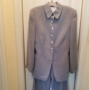 Gray Pinstripe Jones NY Pant Suit Size 6